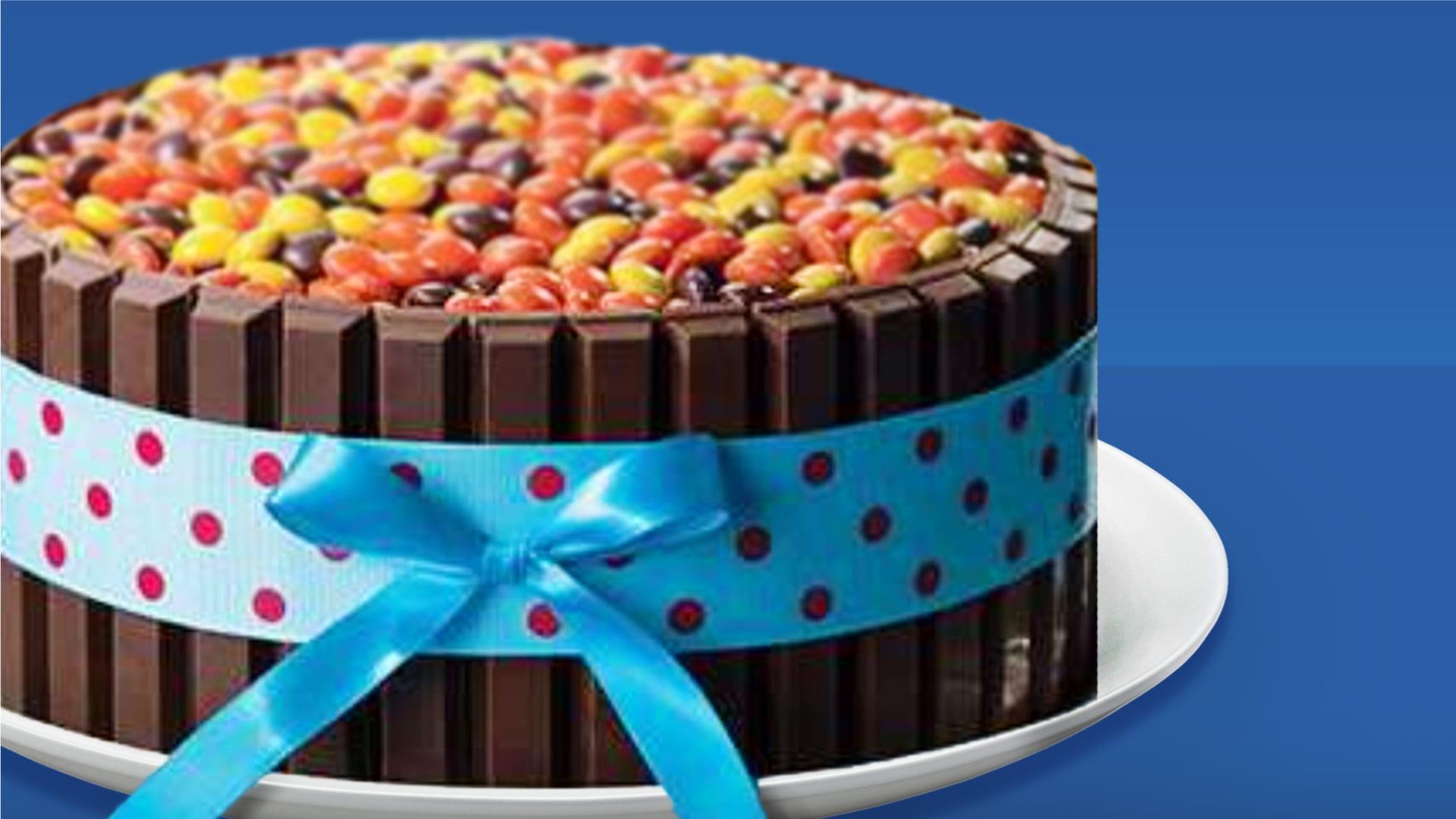 KIT KAT® Birthday Cake
