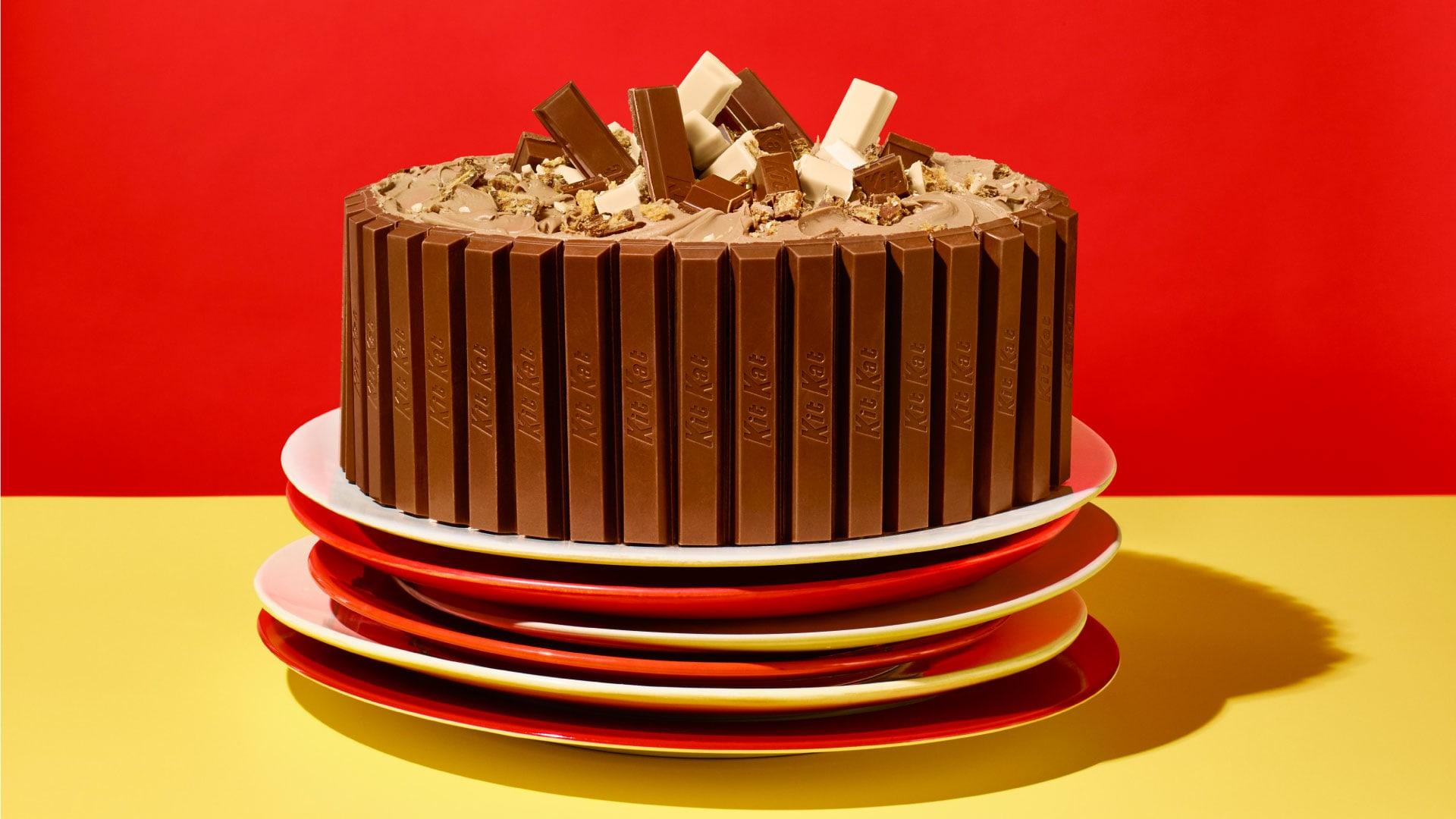 4 Extra-Special  Birthday Cakes