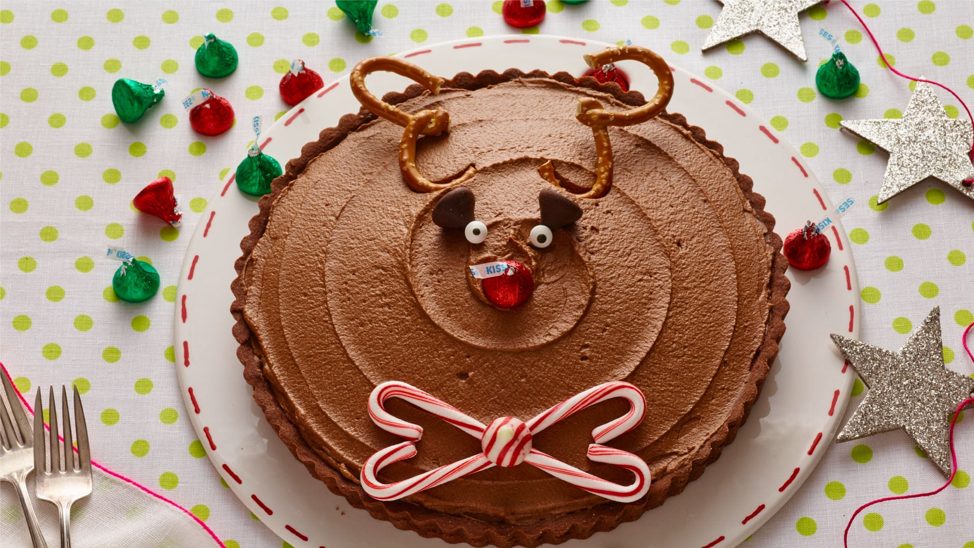 chocolate reindeer tart